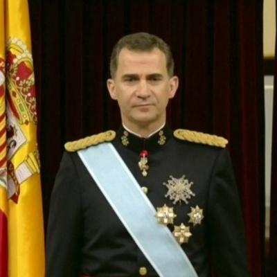 Король Испании посетил раздевалку сборной после победы над Чехией (фото)