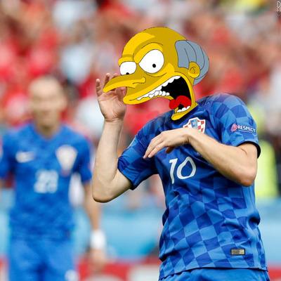 Соцсети опять заполнились футбольными фотожабами к Евро-2016 (фото)