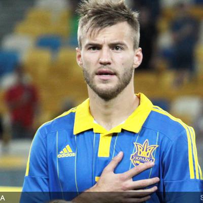 Драгович и Ярмоленко включены в сборную худших игроков Евро-2016