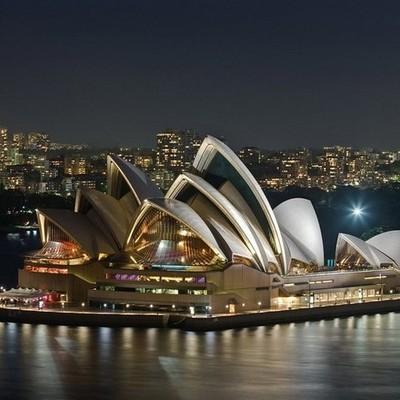В Сиднейской опере поставят кровати и разрешат спать