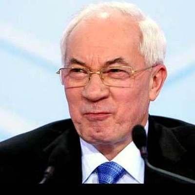 Жесткие меры: у Азарова отобрали пенсию