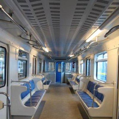 В столичном метро пассажир тушил всех из огнетушителя (фото)