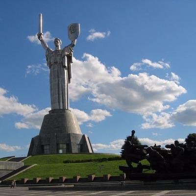 В Киеве могут снести символ столицы