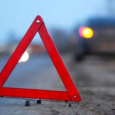 В Киеве сбили женщину, перебегавшую дорогу