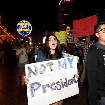 Демонстрации против моего президентства – это несправедливо, - Трамп