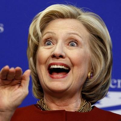 После поражения: Хилари Клинтон решила прогуляться в лесу (фото)