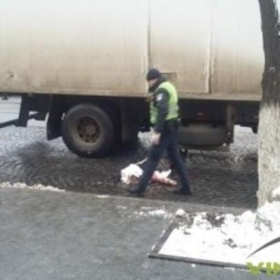 В центре Винницы грузовик задавил женщину, которая выходила из трамвая (Фото + Видео)