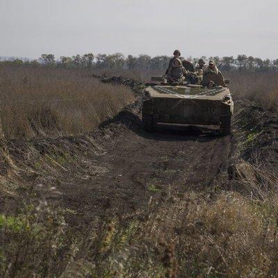 Война в Донбассе может перейти в более горячую стадию - Ярош