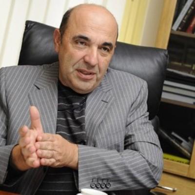 Нужен закон об отзыве чиновников за невыполнение обещаний, – Рабинович