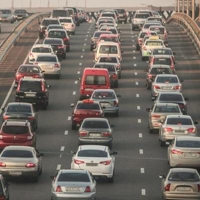 Да что вы знаете о пробках: В США образовалась тянучка с тысячами автомобилей (видео)