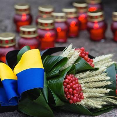 Сегодня в Украине чтят память жертв голодоморов