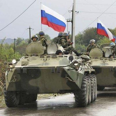 Times: Россия собирает у границ Украины две новые ударные группы