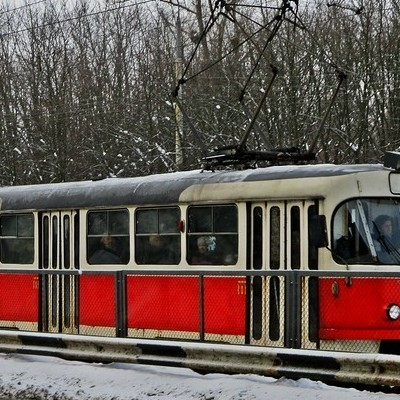 В Киеве трамвай насмерть переехал мужчину (видео)