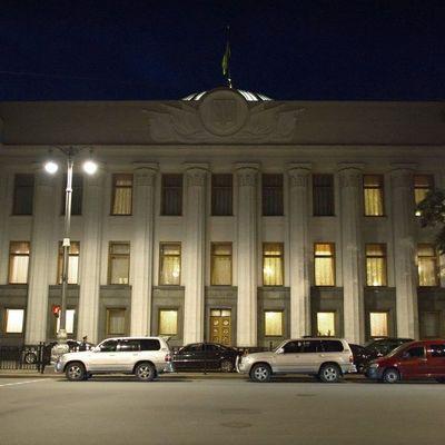 Они работают, когда все спят: Ночью Верховная Рада приняла государственный бюджет на 2017 год