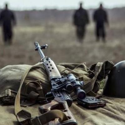 Матиос заявил о 8 потерях на фронте. В Минобороны говорят – 1 раненый