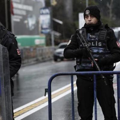По делу о теракте в ночном клубе Стамбула задержаны восемь человек