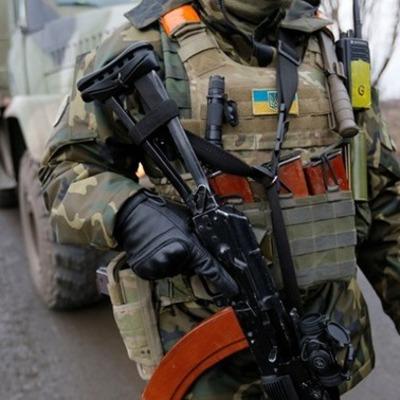 В Киеве АТОшник самостоятельно поймал напавших на него грабителей