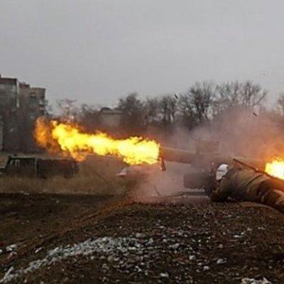 Боевики накрыли минометным огнем Красногоровку, есть раненый