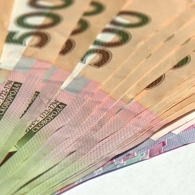 Гривна на межбанке укрепилась до 27,19 за доллар