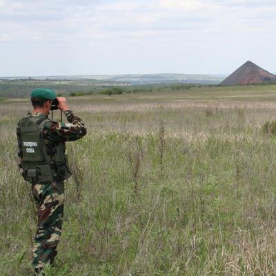 Задержаны украинцы, пытавшиеся вывезти военное оборудование в РФ