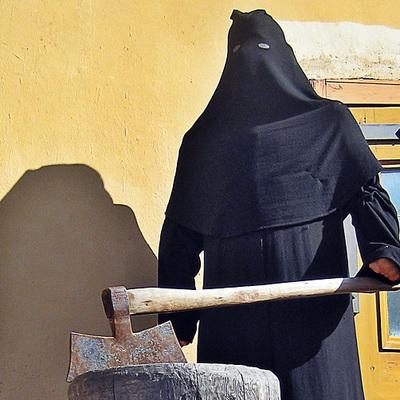СМИ: Главного палача ИГИЛ зарезали в Ираке