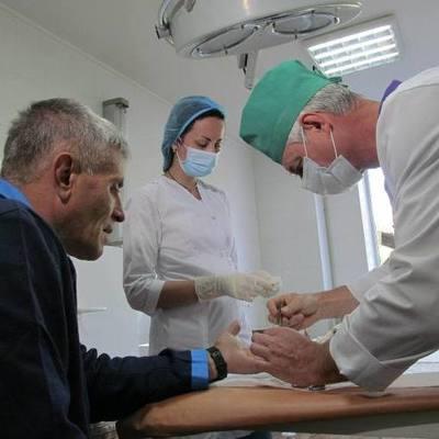 Более 40% украинцев одалживают деньги на лечение