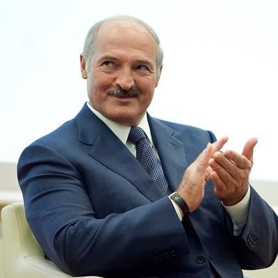 Нас не уважает даже Лукашенко: журналист из РФ развенчала миф про встающую с колен Россию
