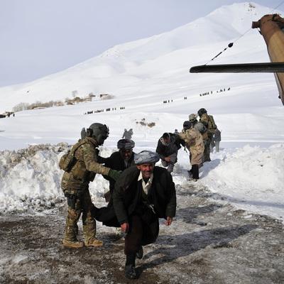 Десятки погибших в Афганистане из-за мощных лавин (Фото)