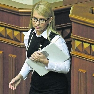 Тимошенко настаивает на введении военного положения