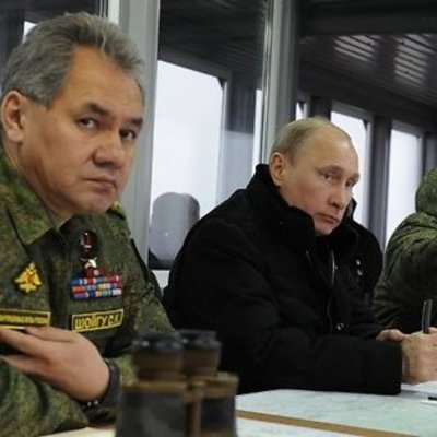 Путин привел войска в боевую готовность