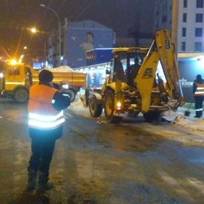 За минувшую ночь из Киева вывезено 3675 тонн снега