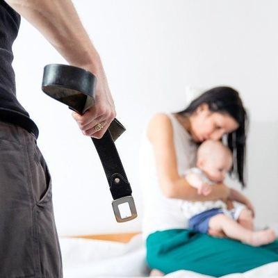 Бить позволено: В России отменили уголовное наказание за насилие в семье