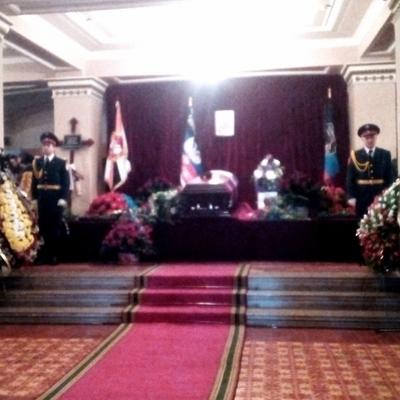 Похороны Гиви: закрытый гроб и минимум людей
