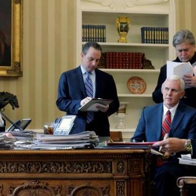 Помощники Трампа контактировали с разведкой РФ до выборов в США