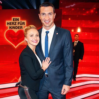 Хайден Панеттьери показала, что Владимир Кличко подарил ей на День влюбленных (фото)