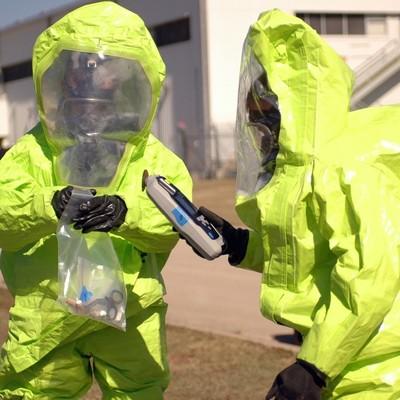 Авария на заводе в Германии привела к крупной утечке кислоты, есть пострадавшие