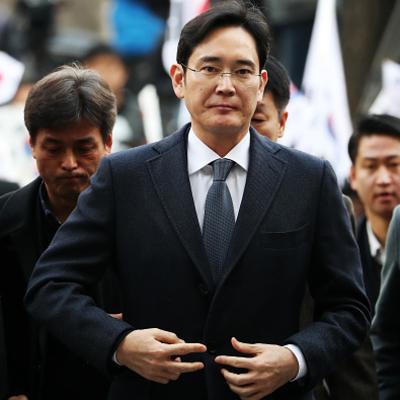 В Южной Корее арестовали главу Samsung