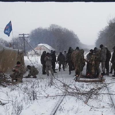 Блокада ЛНР/ДНР: полиция опровергает подготовку штурма участников акции в Бахмуте