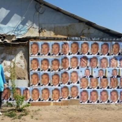 Женщина решила защитить свой дом с помощью 91 портрета президента