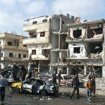 В провинции Хомс авиация Асада сбросила вакуумные бомбы на жилые дома