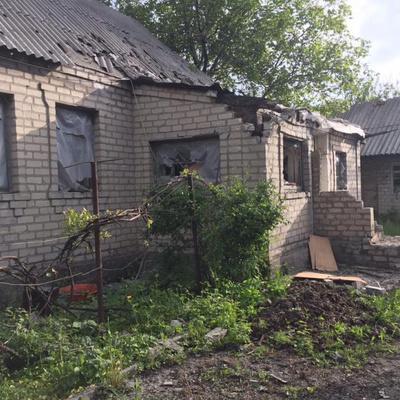 Утренний обстрел Авдеевки: Снаряды повредили дома