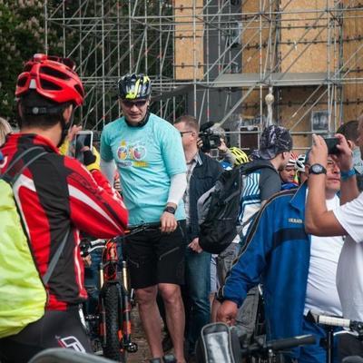 «Велодень» в Киеве: Кличко дал старт велопараду и первым соревнованиям на велотреке
