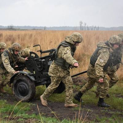 Ситуация в зоне АТО остается напряженной: пятеро украинских военных ранены