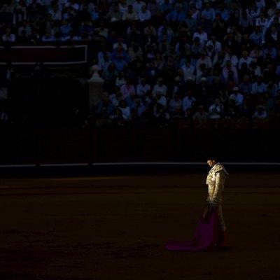 «Судьба сыграла злую шутку»: Бык убил известного испанского матадора