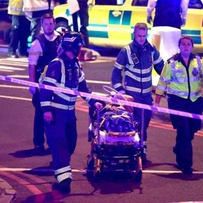 Наезд фургона у мечети в Лондоне: Один погибший и 10 раненых