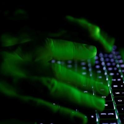 Вирус Petya.A: как уберечься от хакерской атаки (видео)