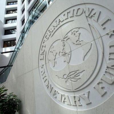МВФ отложил кредитование Украины из-за провала пенсионной и земельной реформы