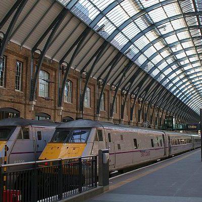 Лондонский вокзал погряз в хаос из-за внезапной эвакуации
