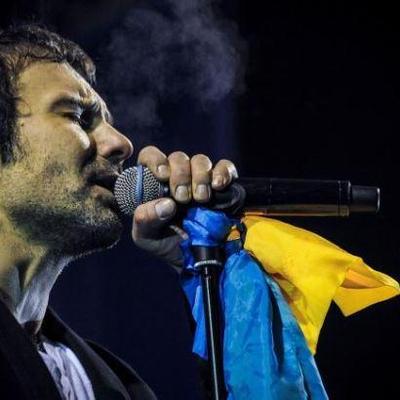 Украинские чиновники сходили на концерт Вакарчука (фото)