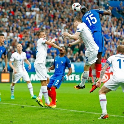 Франция разгромила Исландию